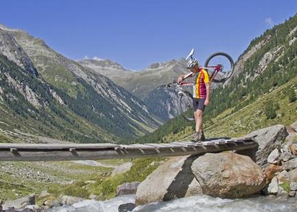 Dolinami pod szczytami Alp- 112
